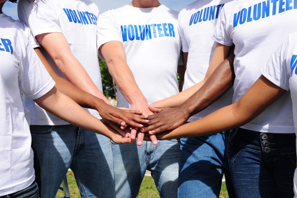 the psychology of giving and volunteering